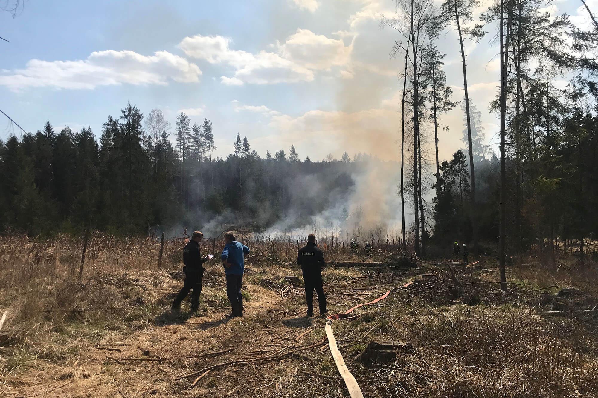 Rozsáhlý lesní požár