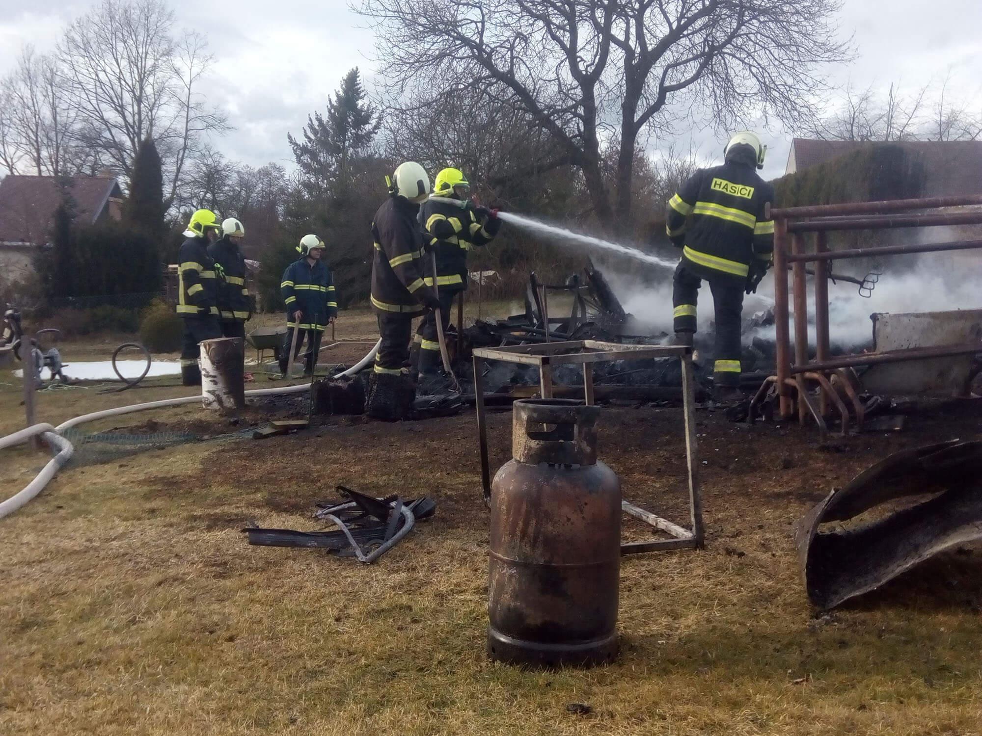 Požár kůlny Velechvín