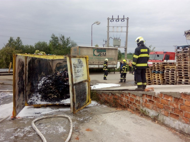 Požár kontejneru Hůry